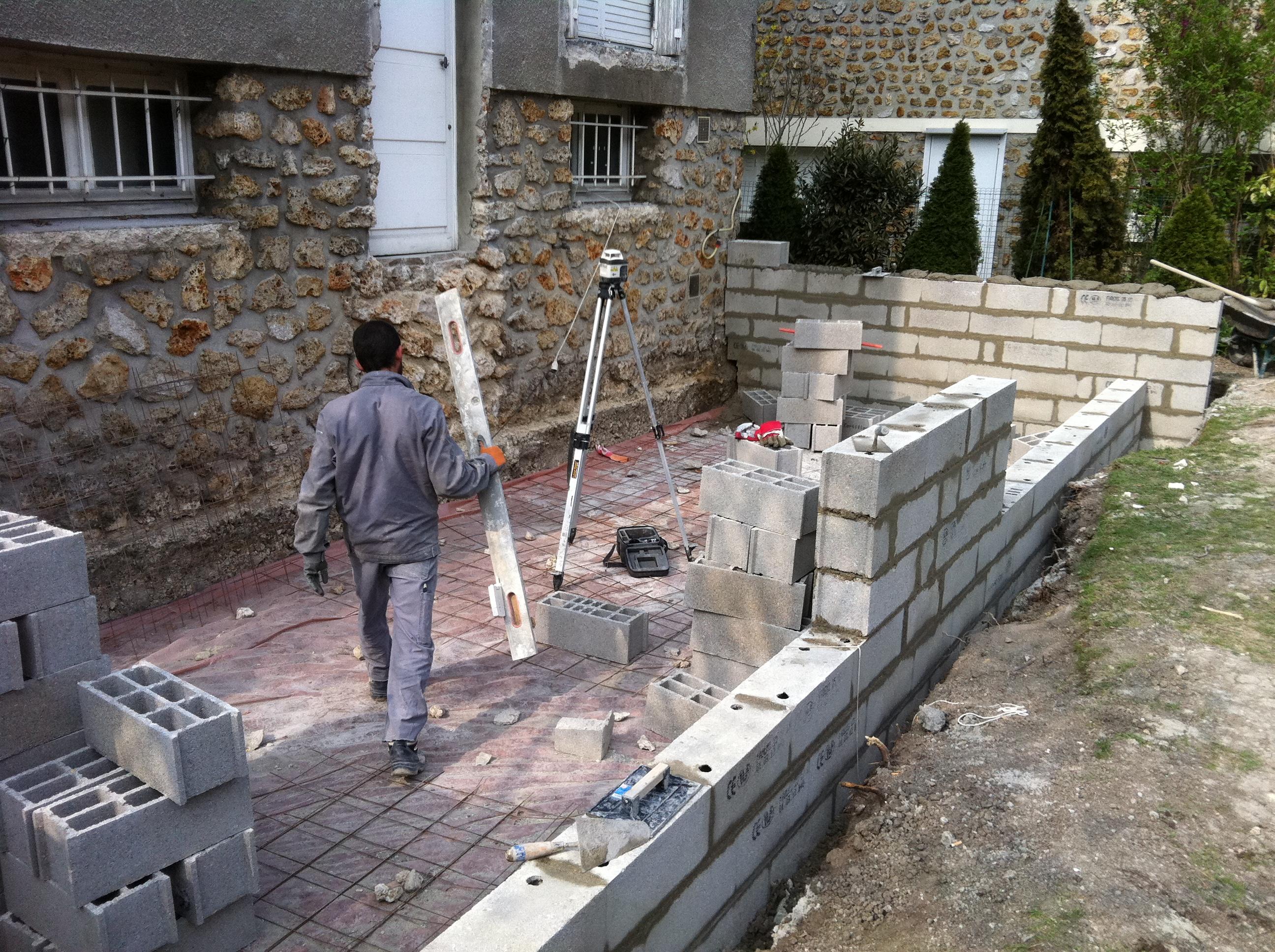 Devis Extension Maison  Bourg-lès-Valence ▷ Agrandissement Bois, Acier, Parpaing